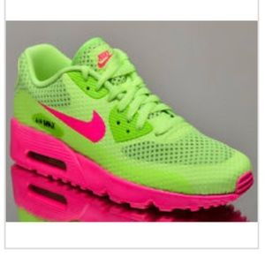 Nike Air Max 90 BR Pink Blast/Ghost Green  Size 5Y